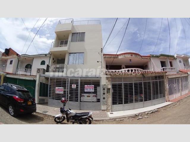 Apartamento en Arriendo  - Cúcuta AV LIBERTADORES LINARES