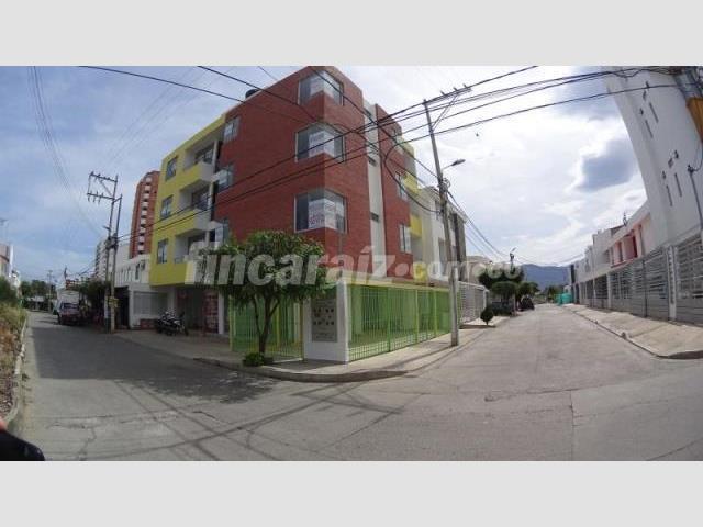 Apartamento en Arriendo  - Cúcuta AV LIBERTADORES PLAYA HERMOSA